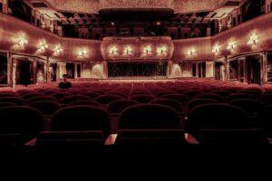 Tag på højskole med teater som linjefag og få en oplevelse for livet