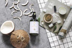 Hedenhus: Alt i ricinus olie, solsikkeolie og smør til både madlavning og kropspleje