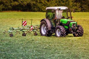 Online forhandler af rotorharver til din traktor og stennedlægningsfræsere til din minilæsser