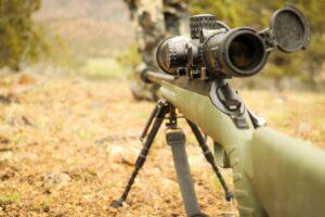 Luftgeværer, jagtkikkerter og andet udstyr til jægeren til stærke priser